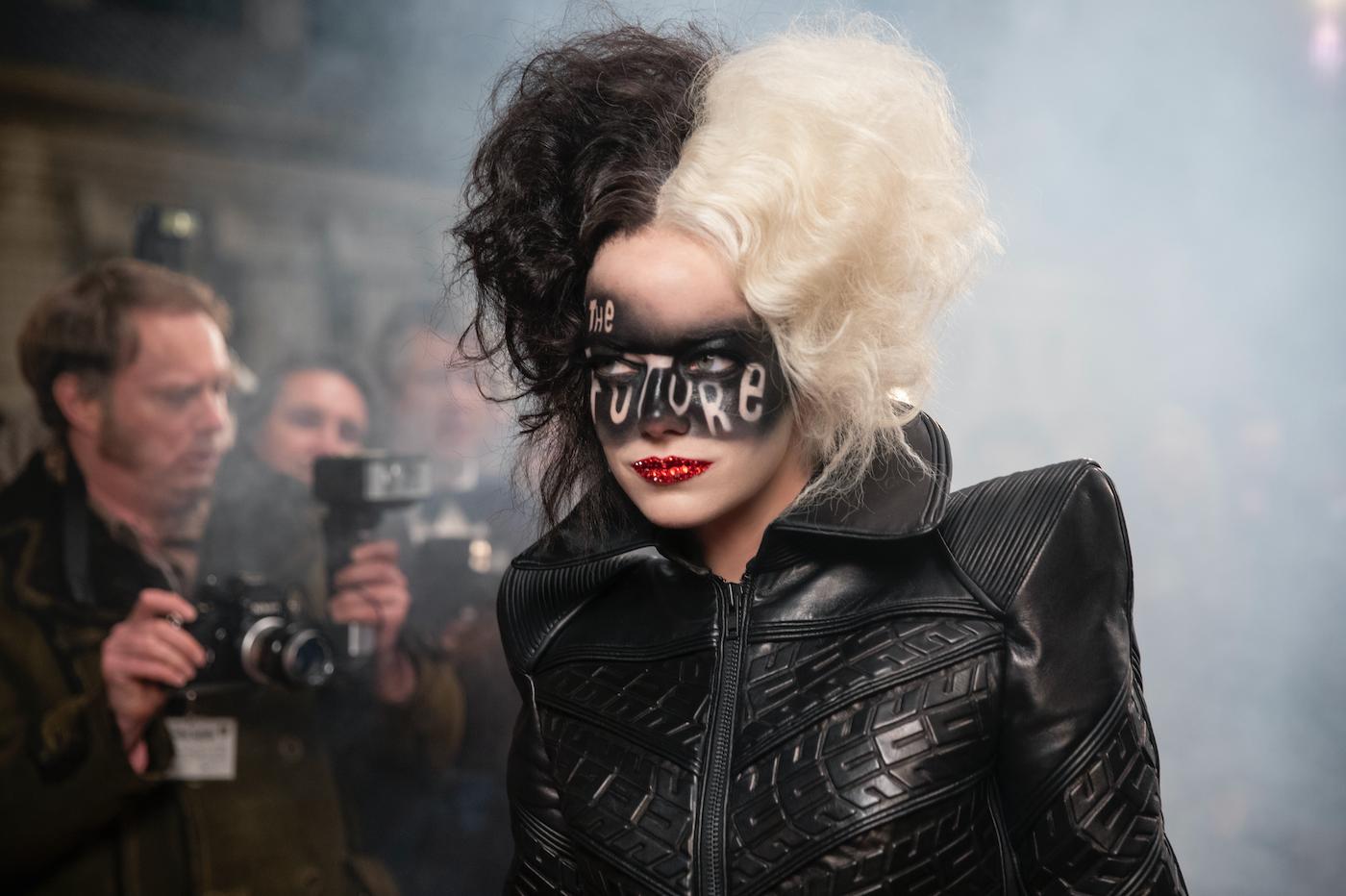 """Emma Stone with """"The Future"""" script in Cruella"""